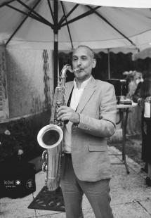Alexandre Adler, saxophoniste professionnel pour l'animation de vos soirées, cocktails, mariages, événements...